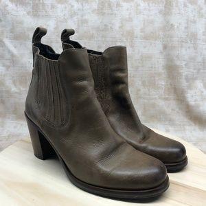 Boemos Brown High Heel Chelsea Ankle Boots B75